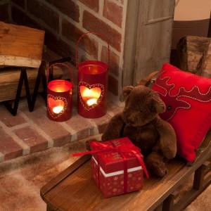 Support Bougies : lumignons coeur rouge proposé par Amadeus à 20.90 euro.